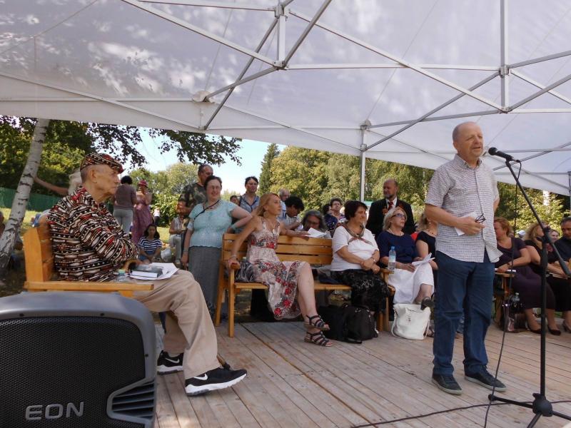 16 июня в магазине «Москва» на Воздвиженке прошла презентация книги Александра Ливерганта «Генри Миллер»