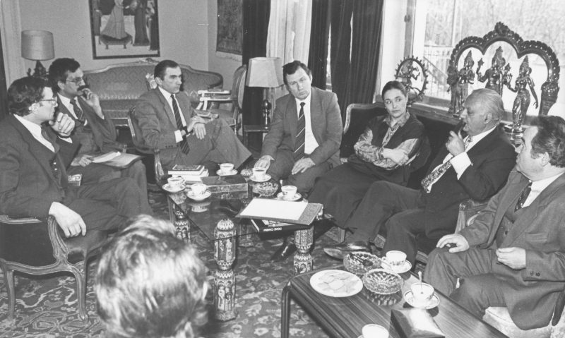 На встрече с послом Индии по случаю выхода книги «Бессмертный лотос»
