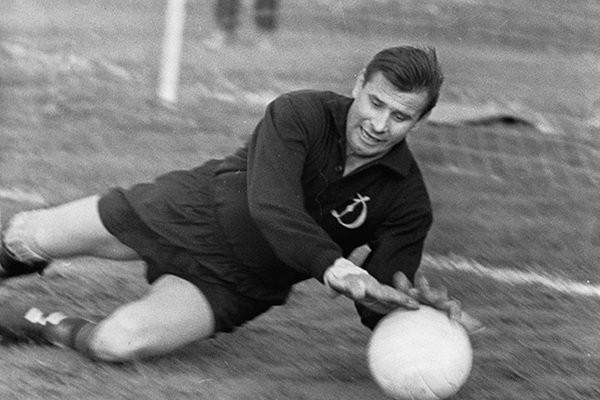 22 октября лучшему вратарю ХХ века Льву Яшину исполнилось бы 88 лет