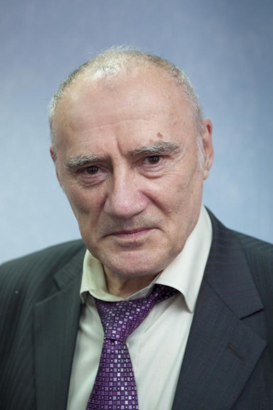 17 января исполнилось 75 лет нашему автору Игорю Иустиновичу Цыбульскому