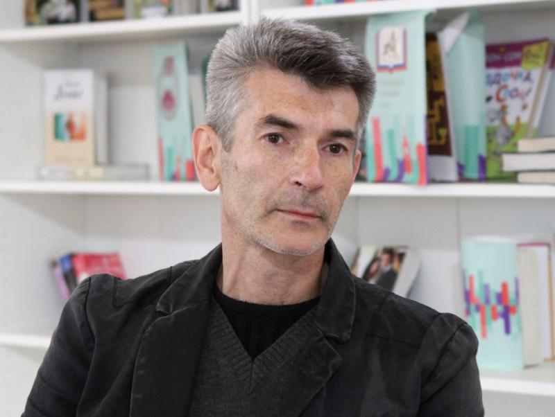 25 июля отметил свое 50-летие наш автор – известный писатель Андрей Викторович Рубанов