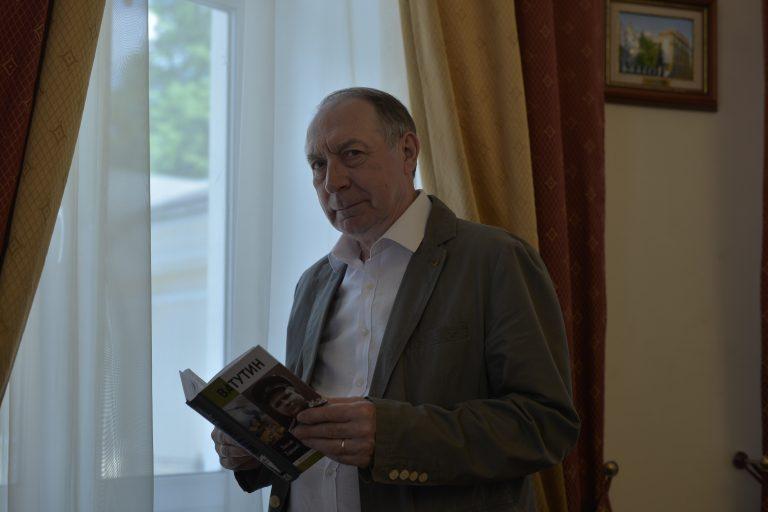 Лауреат Государственной премии Николай Карташов — о своей книге «Ватутин»