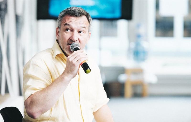 Егор Серов: «Биография Александра Зиновьева читается как интеллектуальный детектив»