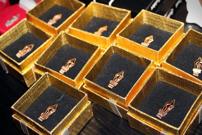 В Центре международной торговли чествовали лауреатов премии «Золотое перо»