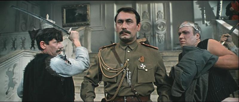 «Свадьба в Малиновке» (1969). Появление Чечеля в образе белого офицера — один из самых ярких эпизодов фильма