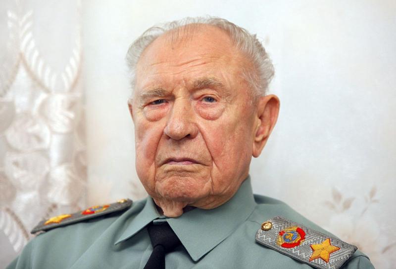 Последнему маршалу Советского Союза Дмитрию Язову – 95 лет