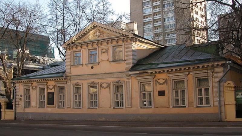 Елена Морозова в музее Герцена