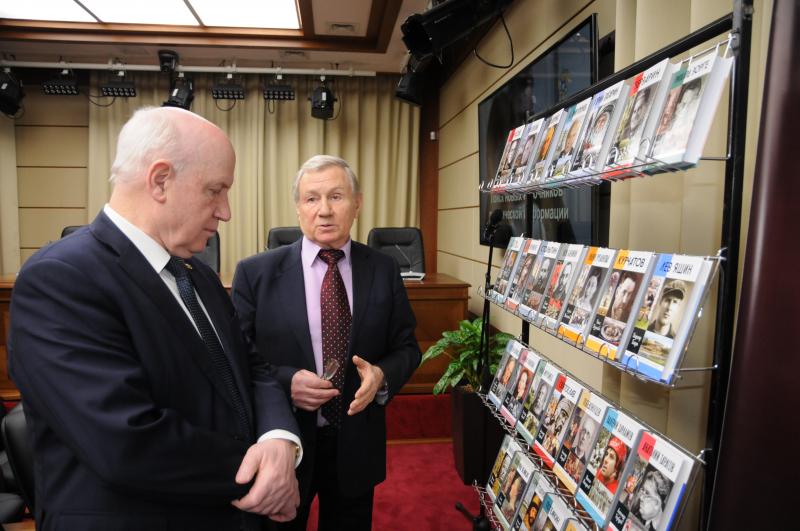 С Сергеем Николаевичем Лебедевым – директором Службы внешней разведки России в 2000—2007 годах