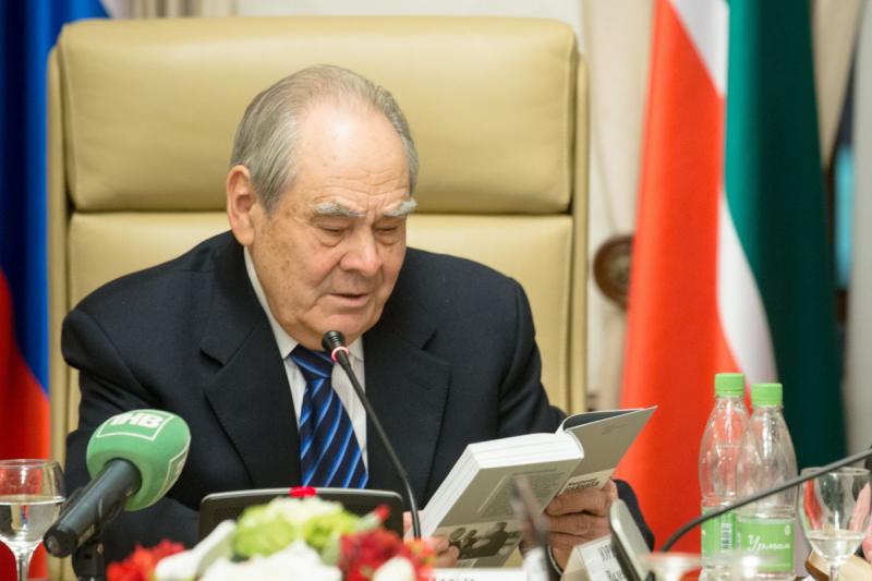 С железным именем. О чем могла быть книга журналистов «Российской газеты» о первом президенте Татарстана