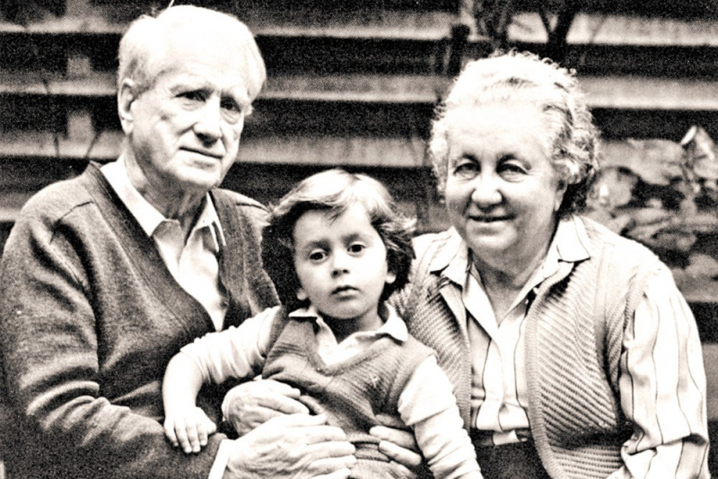 Борис Пиотровский с женой Рипсимэ и внуком Борисом