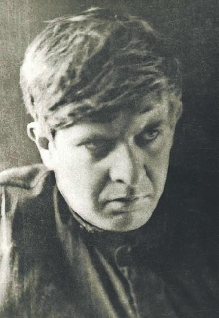 «НГ EX LIBRIS»: Александр Сенкевич об Эдуарде Багрицком – поэте, преодолевающем себя