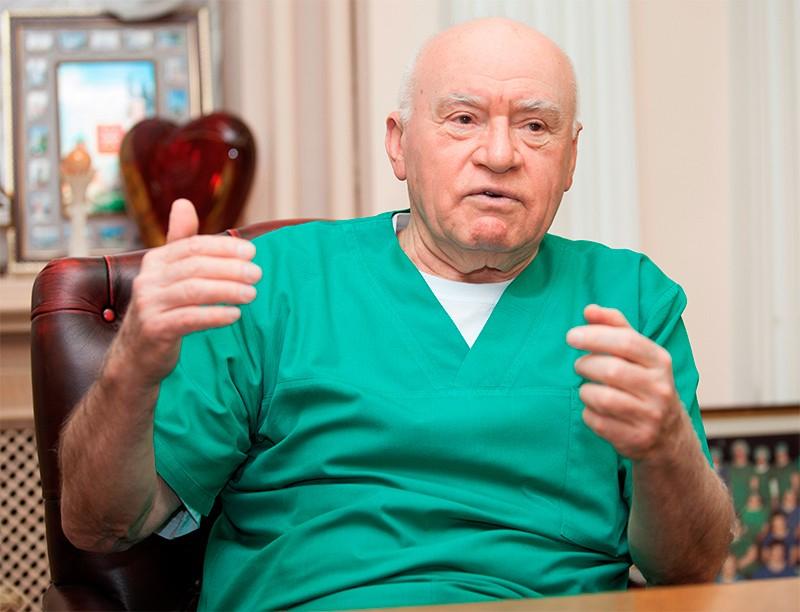 22 декабря выдающемуся кардиохирургу, почетному президенту Национального медицинского исследовательского центра сердечно-сосудистой хирургии им. Бакулева Лео Антоновичу Бокерии исполнилось 80 лет
