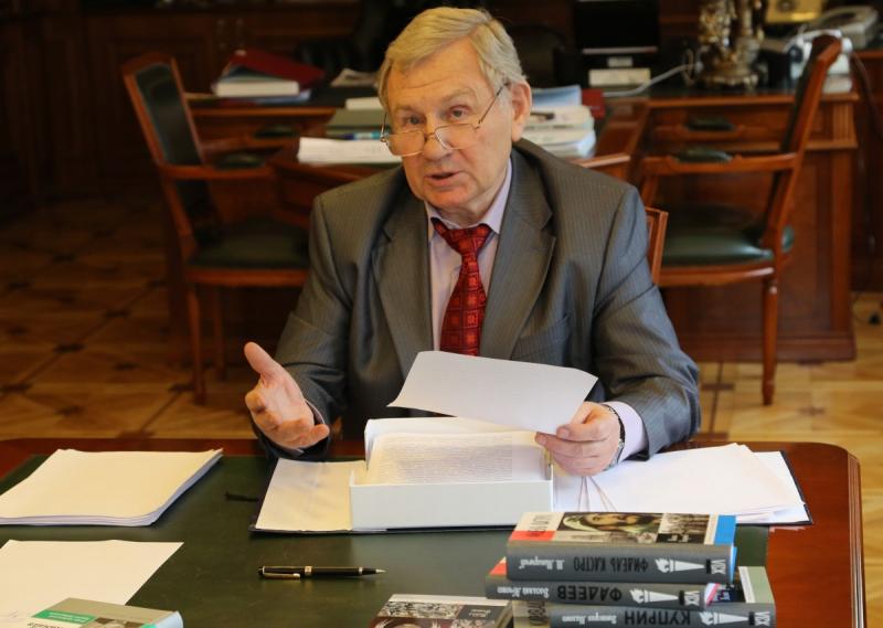 Валентин Юркин в «Клубе книголюбов»