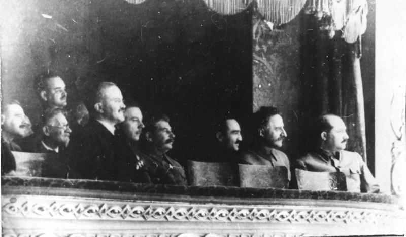 Сталин вел себя в Большом театре как режиссер: менял актрисам наряды и ругал дирижера за спектакли «без бемолей»