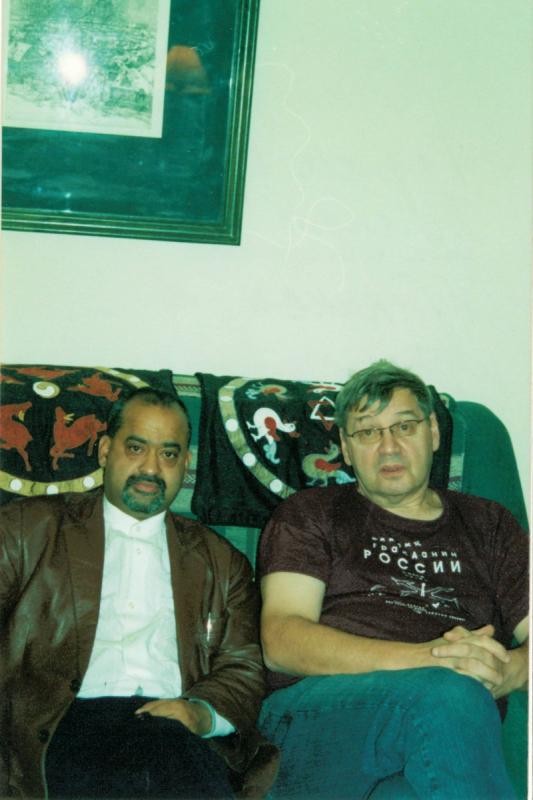 С пандитом Раджешваром Паллом, постоянным спутником в путешествиях по пещерам и дебрям Индостана