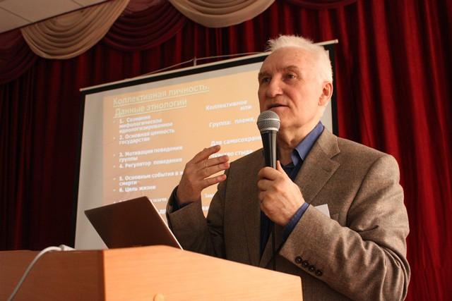 Геннадию Аксенову – 75 лет