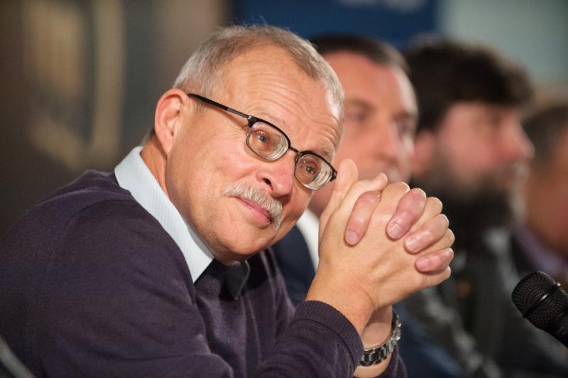 Поздравляем Игоря Курукина