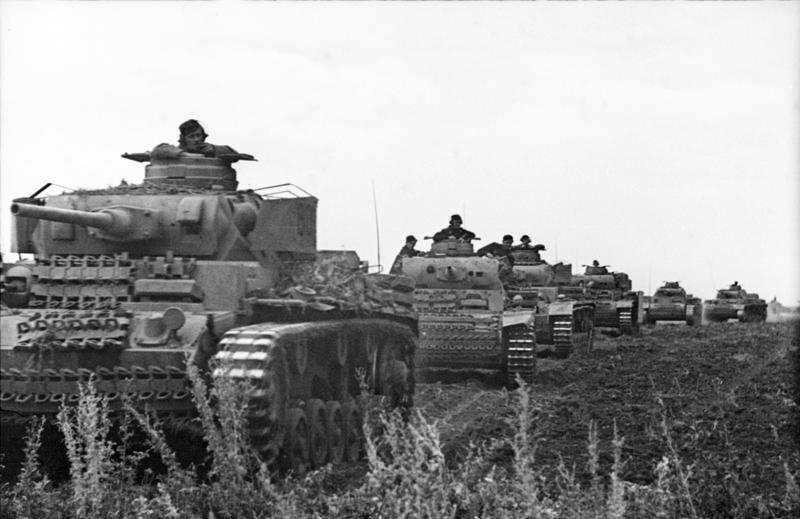 Немецкая танковая колонна, лето 1943 года