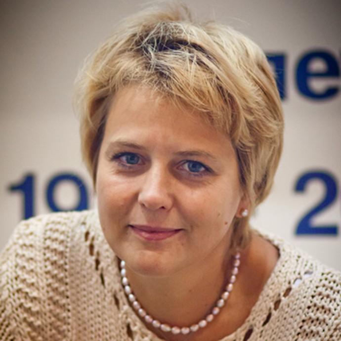Анна Сергеева-Клятис: Среди моих историй о поэтах счастливых нет