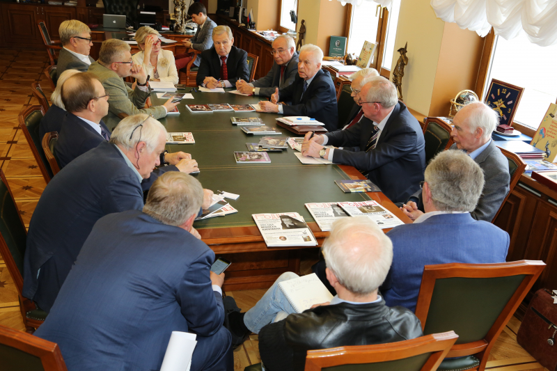 2017 год. Собрание оргкомитета «Комсомолу – 100» в стенах «Молодой гвардии»