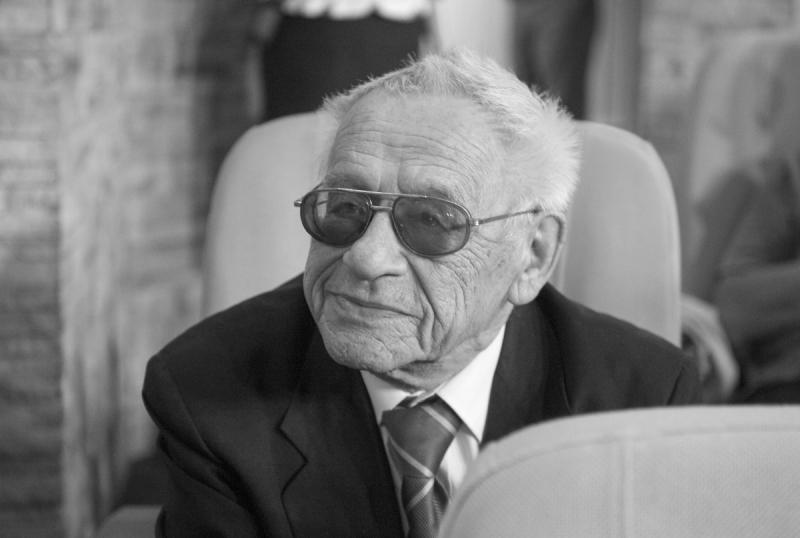 Ушел из жизни наш добрый друг, историк литературы и искусства Александр Борисович Махов – автор нескольких книг «ЖЗЛ», посвященных эпохе Возрождения