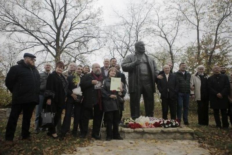 Народное открытие памятника Савве Ямщикову в Пскове