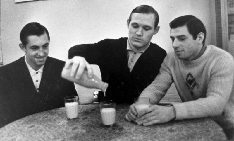 Борис Михайлов, Владимир Петров, Валерий Харламов. Фотография Анатолия Бочинина
