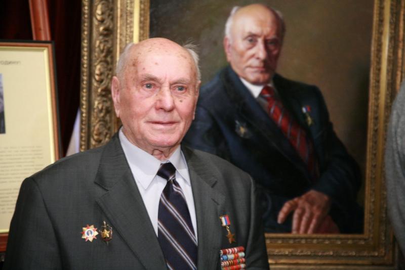 Столетие Алексея Ботяна